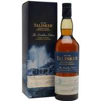 70cl / 45.8% / Distillery Bottling - The 2005 vintage of Talisker's ever-popular and excellent Distillers Edition. Double matured, with the finishing period occurring in amoroso (a sweetened and fortified Spanish wine) casks, this is a sweet and smoky whisky.