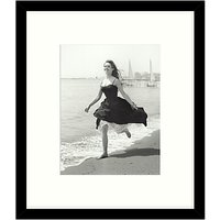 Getty Images Gallery - Running Free 1956 Framed Print, 49 x 57cm