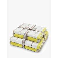 Scion Mr Fox Towel Bale
