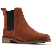 Clarks 'Clarkdale Arlo' Wide Fit Chelsea Boots.