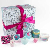 Pamper Hamper by Bomb Cosmetics