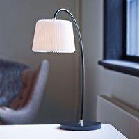LE KLINT Snowdrop   paper table lamp  white