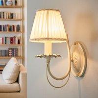 Elegant wall lamp Olivia with pleated shade