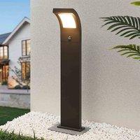 Arcchio Advik LED-Wegelampe, 100 cm, mit Sensor