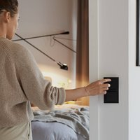 Senic Smart Switch for Philips Hue  1x  anthracite
