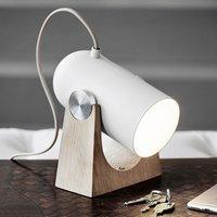 LE KLINT Carronade   sand coloured table lamp