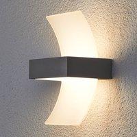 Gebogene LED-Außenwandleuchte Skadi