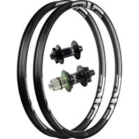 ENVE M735 Carbon MTB Rims with Pro 4 Hubs