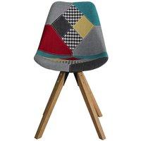 !!!promotype!!!&LGWCODE=648314;131005;474. Apportez une touche design à laccent scandinave dans votre séjour avec cette chaise en patchwork