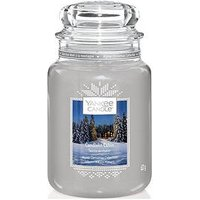 Product photograph showing Yankee Candle Classic Large Jar Candle Ndash The Alpine Christmas Collection Candlelit Cabin