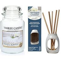 Product photograph showing Yankee Candle Fluffy Towels Large Jar Candle And Metallic Pre-fragranced Reed Diffuser Set