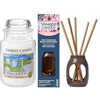 Product photograph showing Yankee Candle Clean Cotton Large Jar Candle And Cherry Blossom Metallic Pre-fragranced Reed Diffuser Set