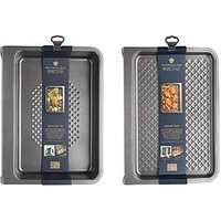 Product photograph showing Masterclass Vertical Stacking 2 Piece Bakeware Set - Baking Tray And Roasting Pan