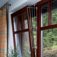 Rejilla protectora blanca Trixie para ventanas - Modelo 1: Fijación en lateral de la ventana