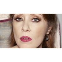 Suzanne Vega - Playing Solitude Standing & 99.9 F in Full