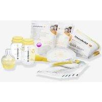 Breast Milk Feeding Starter Kit by MEDELA white
