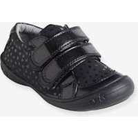 Shoes for Girls, Autonomy Collection black dark solid with design