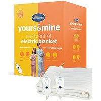 Product photograph showing Silentnight Comfort Control Dual Control Electric Blanket