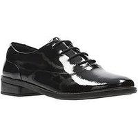 Clarks Drew Star Older Girls Shoe, Black Patent, Size 3.5 Older