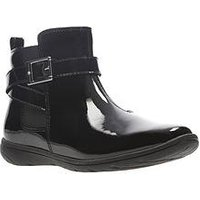 Clarks Venture Move Junior Boots, Black Patent, Size 13.5 Younger