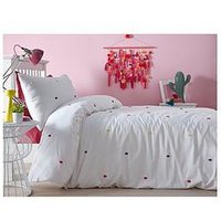 Product photograph showing Appletree Chester 100 Cotton Duvet Cover Set - Double