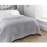 Product photograph showing The Lyndon Co Merville Quilted Throw