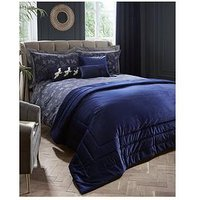 Product photograph showing Laurence Llewelyn-bowen Llb Chic Velvet Throw