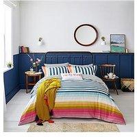 Product photograph showing Joules Cambridge Stripe 100 Cotton Percale Duvet Cover Set
