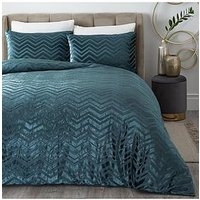 Product photograph showing Valencia Velvet Chevron Duvet Set - Db