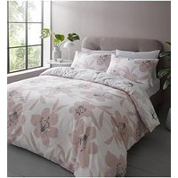 Product photograph showing Catherine Lansfield Lily Duvet Set - Db