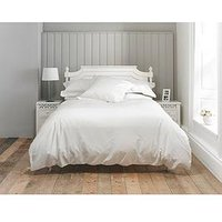 Product photograph showing The Lyndon Co 800tc Sateen 32cm Fitted Sheet