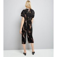 Black Floral Print Pleated Wrap Front Jumpsuit New Look