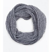 Pale Grey Cable Knit Snood New Look