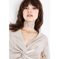 Silver Star Diamante Embellished Choker New Look