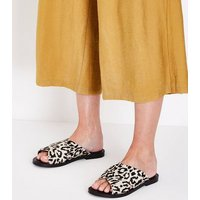 Wide Fit Cream Leather Leopard Print Sliders New Look