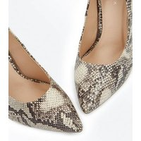 Black Faux Snakeskin Pointed Court Shoes New Look