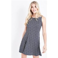 QED Navy Ditsy Floral Print Skater Dress New Look