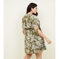 Curves Green Tropical Floral Tie Sleeve Dress New Look