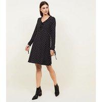 Blue Vanilla Black Spot Print Ruched Tea Dress New Look