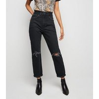 Petite Black Ripped Knee Mom Jeans New Look