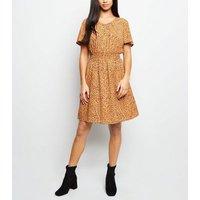 Petite Mustard Spot Print Satin Shirred Waist Dress New Look