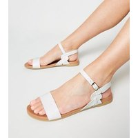 White Leather-Look Twist Strap Footbed Sandals New Look