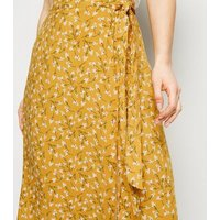 Petite Yellow Ditsy Floral Wrap Midi Skirt New Look