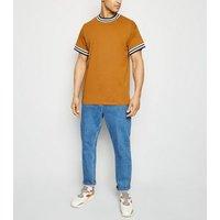 Mens Mustard Tipped Short Sleeve T-Shirt New Look