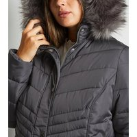 Curves Grey Faux Fur Fitted Puffer Jacket New Look