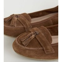 Wide Fit Tan Suede Tassel Loafers New Look