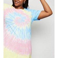 Curves Pink Tie Dye Print T-Shirt New Look