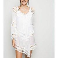 Cameo Rose White Crochet Panel Kaftan New Look