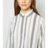 Petite White Stripe Long Sleeve Shirt New Look