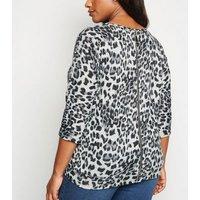 Blue Vanilla Curves Light Grey Leopard Print Top New Look